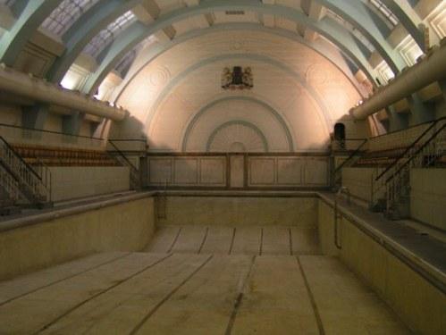empty-pool.jpg